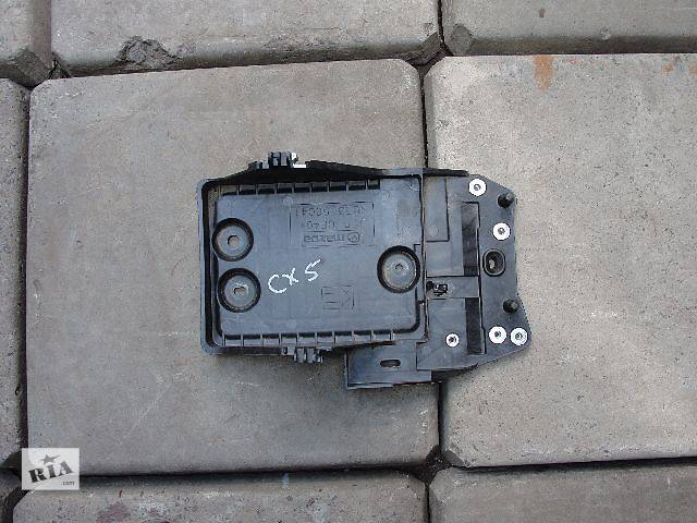купить бу Б/у подставка аккумулятора для легкового авто Mazda CX-5 дешево в наличии!!! в Львове