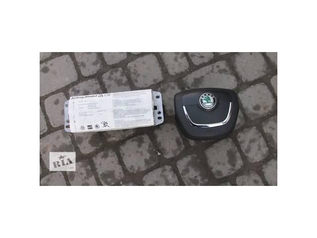 продам Б/у подушка безопасности для хэтчбека Skoda Octavia A5 бу в Пустомытах (Львовской обл.)
