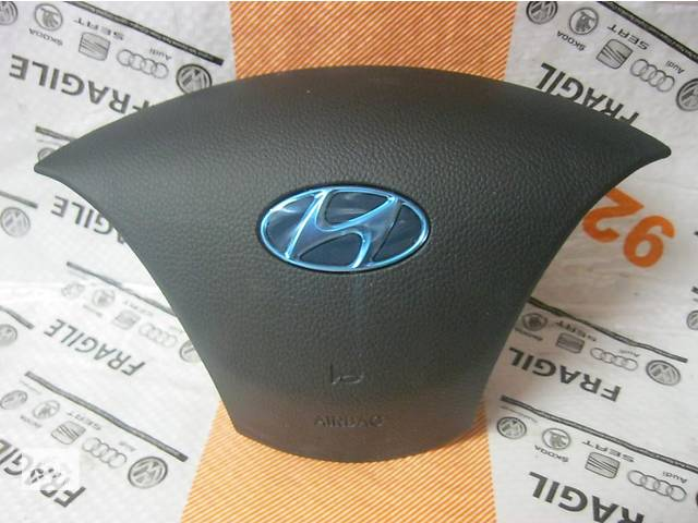 продам Б/у подушка безопасности для легкового авто Hyundai i30 бу в Здолбунове