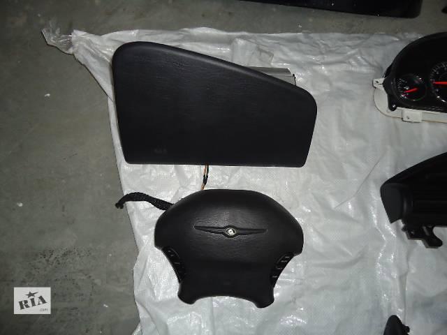 продам Б/у подушка безопасности для седана Chrysler Sebring 2001-2006 бу в Киеве