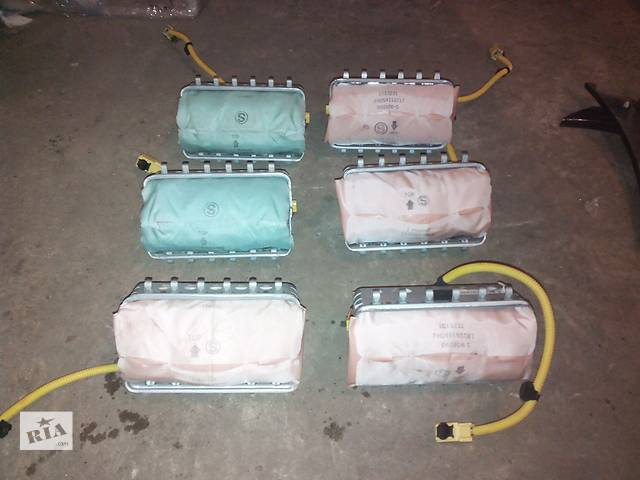купить бу Б/у подушка безопасности пассажира для универсала Subaru Outback в Днепре (Днепропетровске)