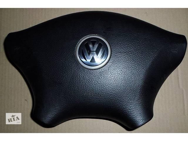 Б/у Подушка безопасности водителя на 4 спицы 90686004029E37 Volkswagen Crafterer- объявление о продаже  в Рожище
