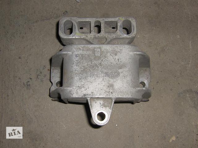 купить бу Б/у подушка мотора для хэтчбека Skoda Octavia 2007 в Полтаве