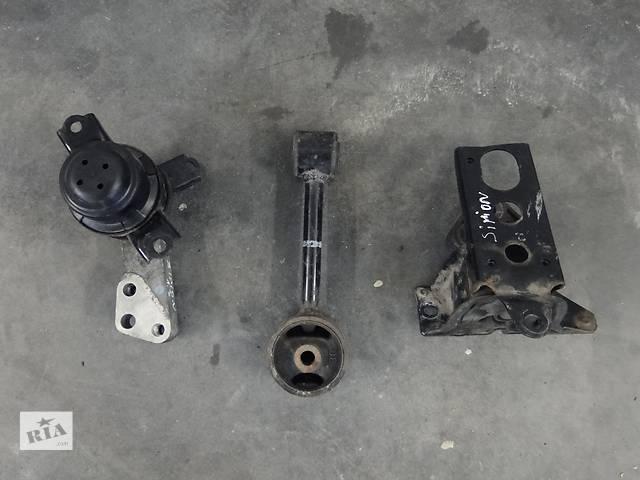 бу Б/у подушка двигуна для легкового авто Dihatsu Sirion 1.3 05-10р. в Львове