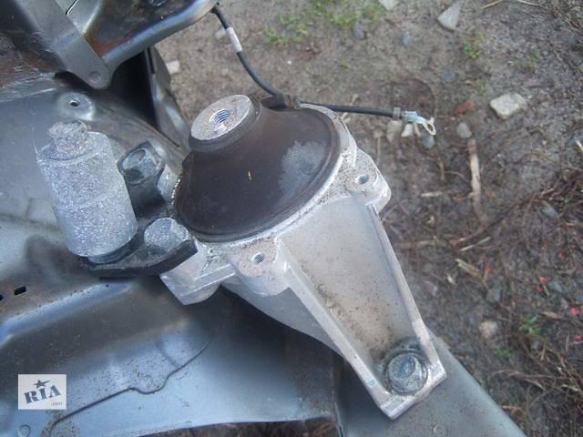 бу Б/у подушка мотора для легкового авто Honda CR-V в Ровно
