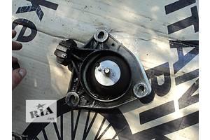 б/у Подушки мотора Renault Laguna