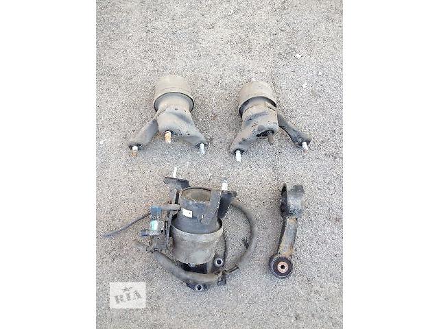 продам Б/у подушка мотора для легкового авто Toyota Camry 2008 бу в Киеве