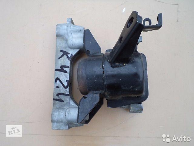 бу Б/у подушка мотора для легкового авто Toyota Rav 4 2008 в Киеве