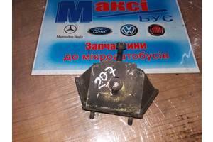 б/у Подушки мотора Mercedes 207