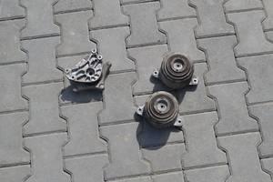 б/у Подушки мотора Mercedes S 320