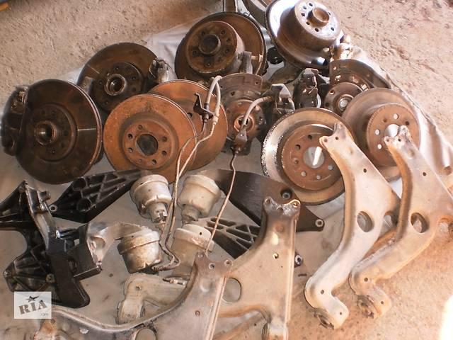 бу Б/у подушка мотора для универсала Opel Vectra B в Новом Роздоле