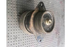 б/у Подушки мотора Volkswagen Caddy