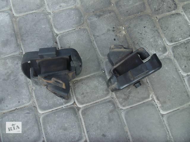 купить бу Б/у подушка мотора правая-левая для легкового авто Kia Sorento 2007 в Коломые