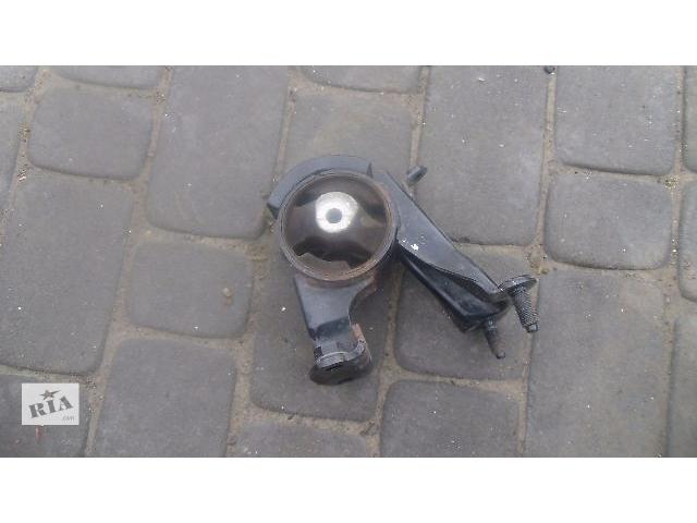 продам Б/у подушка мотора задня для легкового авто Toyota Auris 2007 бу в Коломые