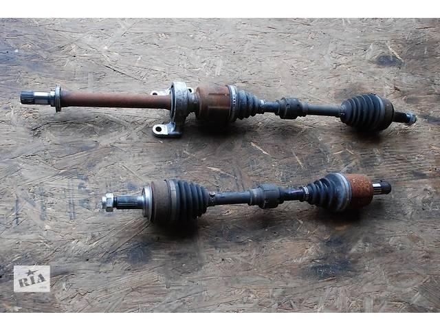 продам Б/у полуось/привод для легкового авто Honda Civic бу в Здолбунове