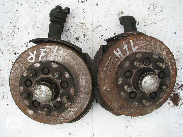 купить бу Б/у поворотные кулаки Hyundai H1 2003 в Броварах