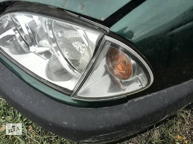 продам Б/у поворотник/повторитель поворота передний левый Depo 21215C7LUE для седана Toyota Avensis 1999г бу в Киеве