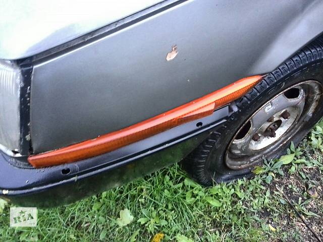 купить бу Б/у поворотник/повторитель поворота в крыло для хэтчбека Mitsubishi Colt 1986г в Николаеве