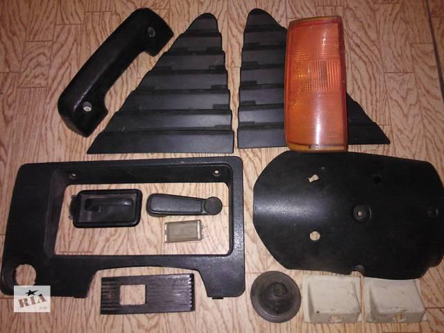 купить бу Б/у поворотник/повторювач повороту для легкового авто Opel Kadett 1982 р. 1.3 в Черкассах