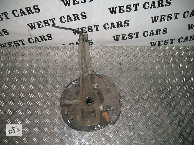 купить бу Б/у поворотный кулак для легкового авто Audi Q7 в Луцке