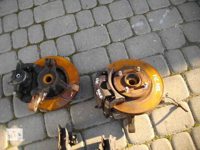 продам Б/у поворотный кулак для легкового авто Ford Fiesta 2010 бу в Львове