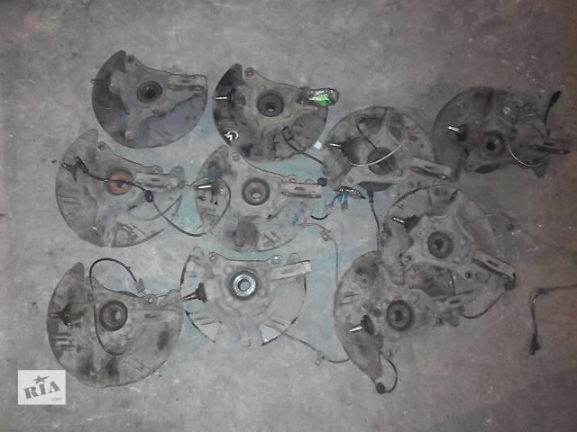продам Б/у поворотный кулак правый для универсала Subaru Outback бу в Днепре (Днепропетровске)