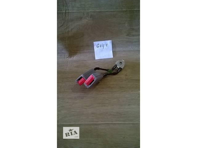 купить бу Б/у преднатяжитель ремня безопасности для хэтчбека Volkswagen Golf IV 2000-2003г в Николаеве