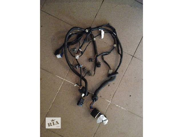 продам Б/у проводка двери электрическая для кроссовера Mitsubishi бу в Киеве