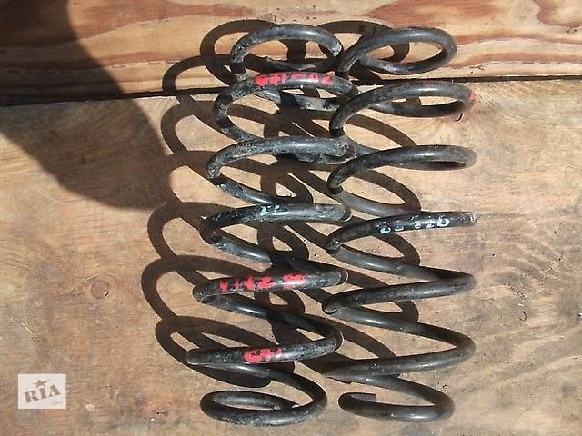 продам Б/у пружина задняя/передняя 48231-0D170/ 48131-0D280 для хэтчбека Toyota Yaris 2007г бу в Киеве