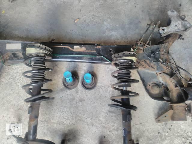 продам Б/у пружина задняя/передняя для минивена Renault Scenic бу в Львове