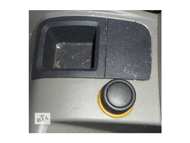 купить бу Б/у Прикуриватель прикурювач для Renault Kangoo Рено Канго Кенго 1,5DCI K9K 2008-2012 в Луцке