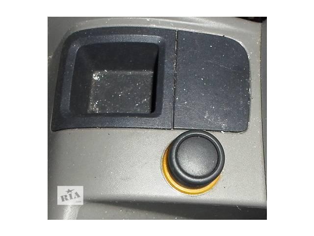купить бу Б/у Прикуриватель в торпеду Renault Kangoo Рено Канго Кенго 1,5DCI K9K 2008-2012 в Рожище