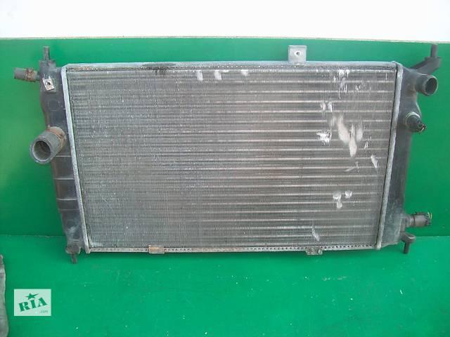 продам Б/у радіатор для легкового авто Opel Astra F 1.6 16V бу в Луцке