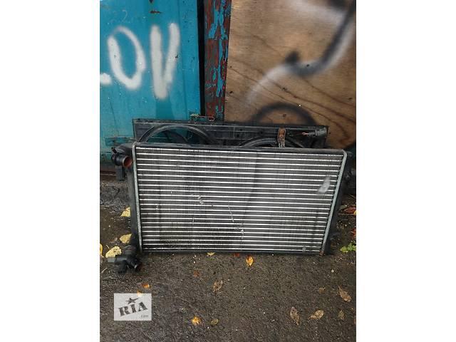 продам Б/у радіатор для легкового авто Volkswagen Caddy бу в Луцке