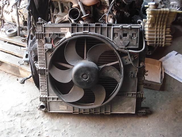 продам Б/у радиатор для микроавтобуса Mercedes Vito бу в Львове