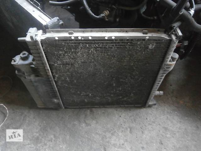 купить бу Б/у радіатор для седана BMW 318 в Львове