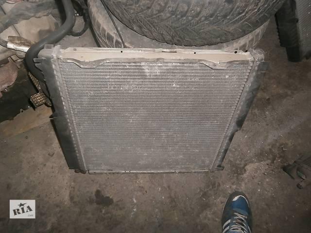 купить бу Б/у радіатор для легкового авто Mercedes 124 в Львове