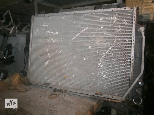 бу Б/у радіатор для седана Mercedes S 140 в Львове