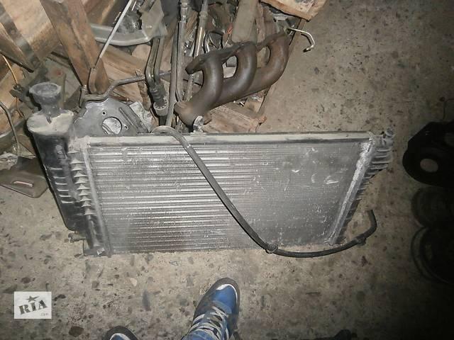 продам Б/у радіатор для седана Peugeot 405 бу в Львове
