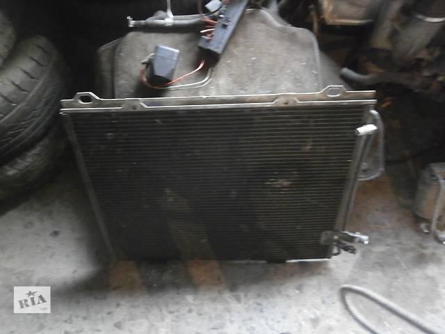 продам Б/у радиатор интеркулера для микроавтобуса Mercedes 210 бу в Львове