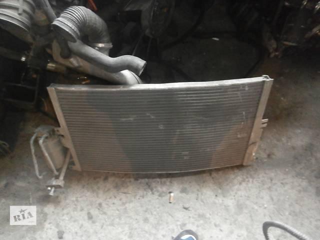 продам Б/у радіатор інтеркулера для седана Volkswagen Passat B5 бу в Львове