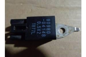 б/у Реле вентилятора радиатора Toyota