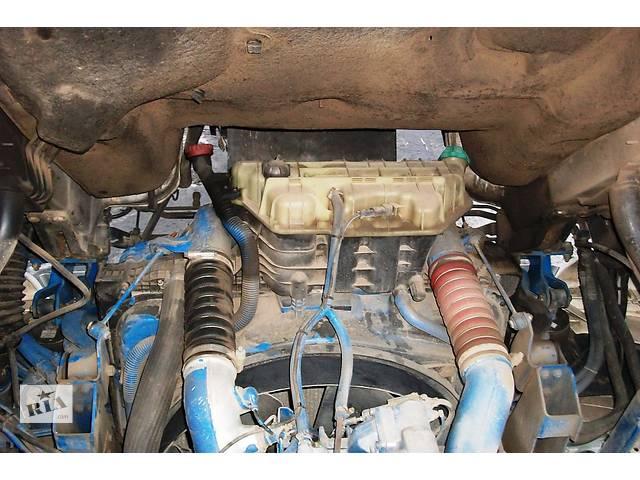 купить бу Б/у радиатор для грузовика МАН MAN TGA 18 480 Evro3 2003 в Рожище
