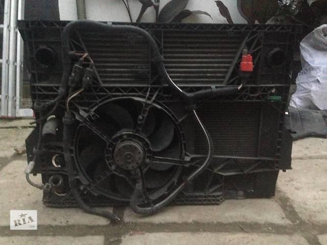 продам Б/у радиатор для грузовика Renault Master бу в Мукачево