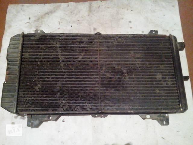 продам Б/у радиатор для хэтчбека Ford Escort бу в Львове