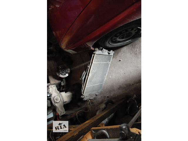продам Б/у радиатор для хэтчбека Ford Escort бу в Снятине