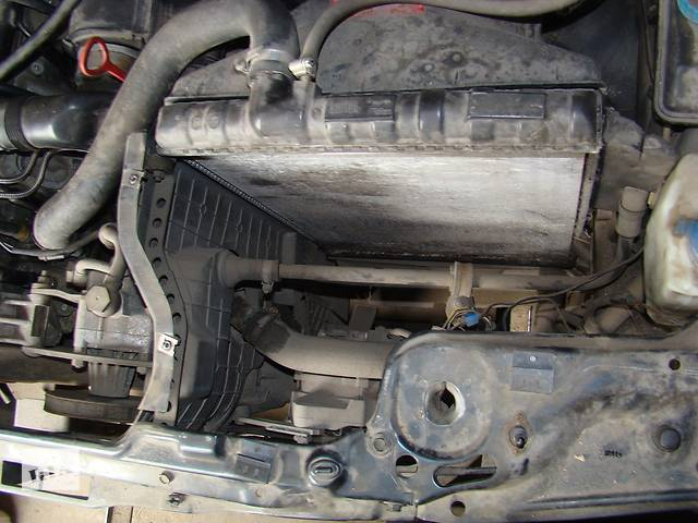 продам Б/у радиатор для легкового авто Audi 90 бу в Киеве