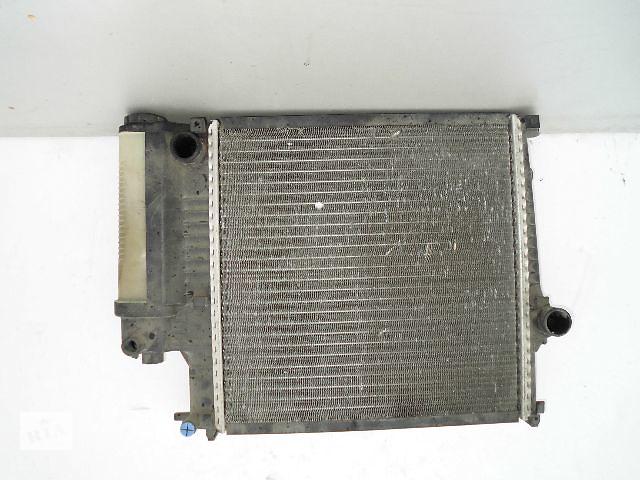купить бу Б/у радиатор для легкового авто BMW 3 Series e36 320 (470*440) по сотым. в Буче