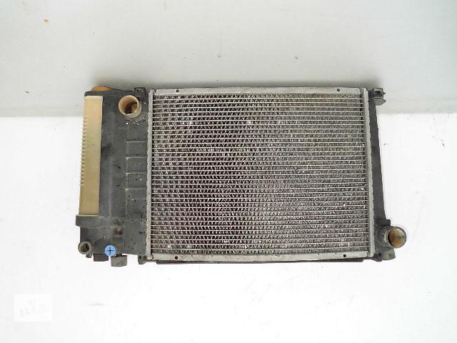 продам Б/у радиатор для легкового авто BMW 318 e36 (440*360) по сотым. бу в Буче (Киевской обл.)