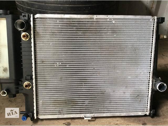 купить бу Б/у радиатор для легкового авто BMW 5 E34 в Ивано-Франковске